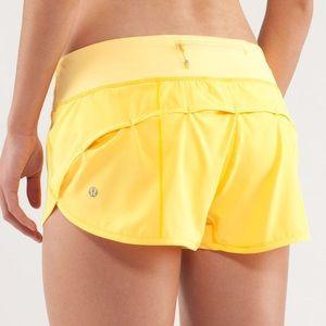 EUC 🍋 Lululemon Speed Shorts Yellow
